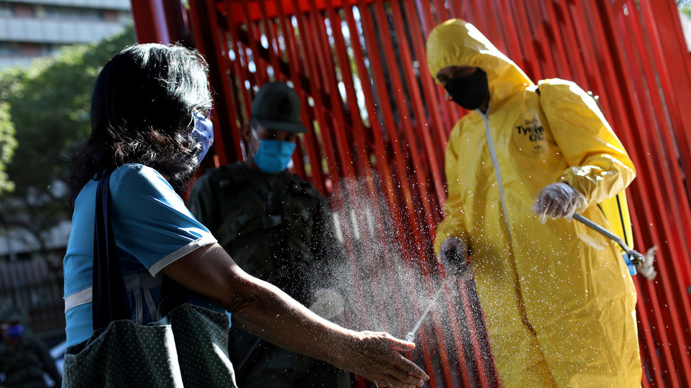 'Inhumane & reckless': Twitter silences Venezuela's anti-coronavirus chief as IMF denies emergency loan