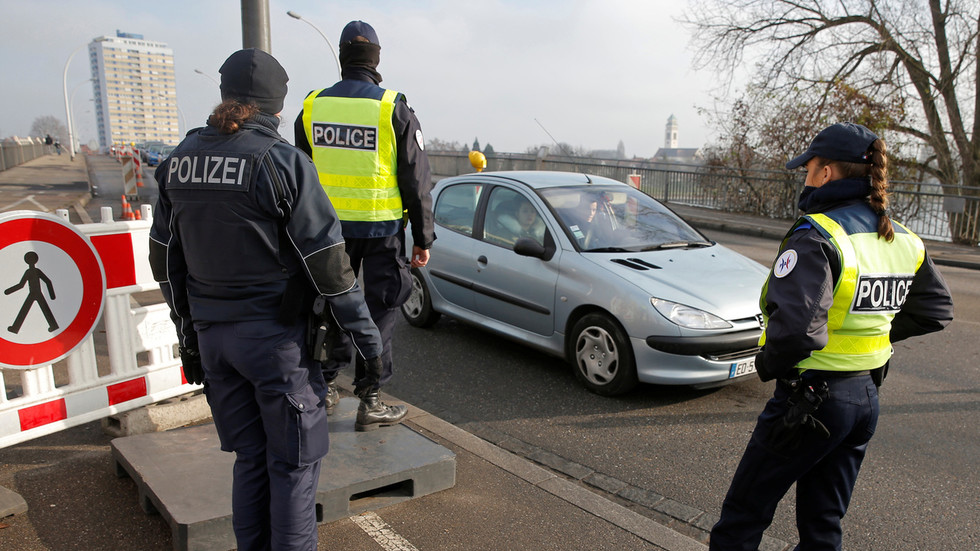 France says border remains OPEN amid reports of Germany readying to isolate from neighbors