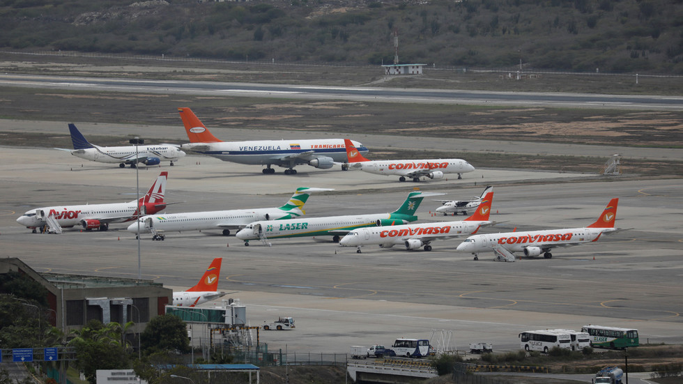 Venezuela FM rebukes Washington for barring emergency repatriation flight for 800+ citizens 'stranded' in US amid Covid-19 crisis