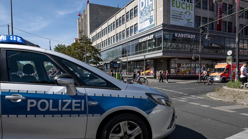 11 injured in brazen broad daylight bank robbery in Berlin (PHOTOS, VIDEO)