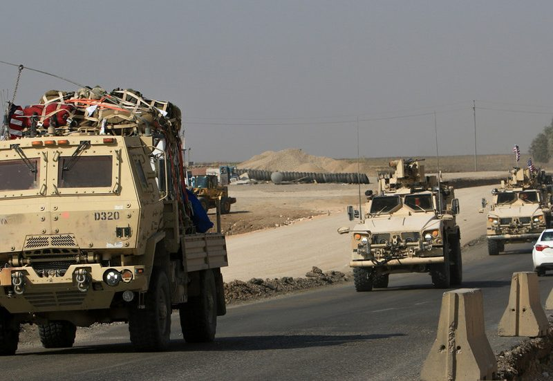 Explosions reported as Iraqi Shiite militia targets US army convoy close to Kuwait border – safety forces