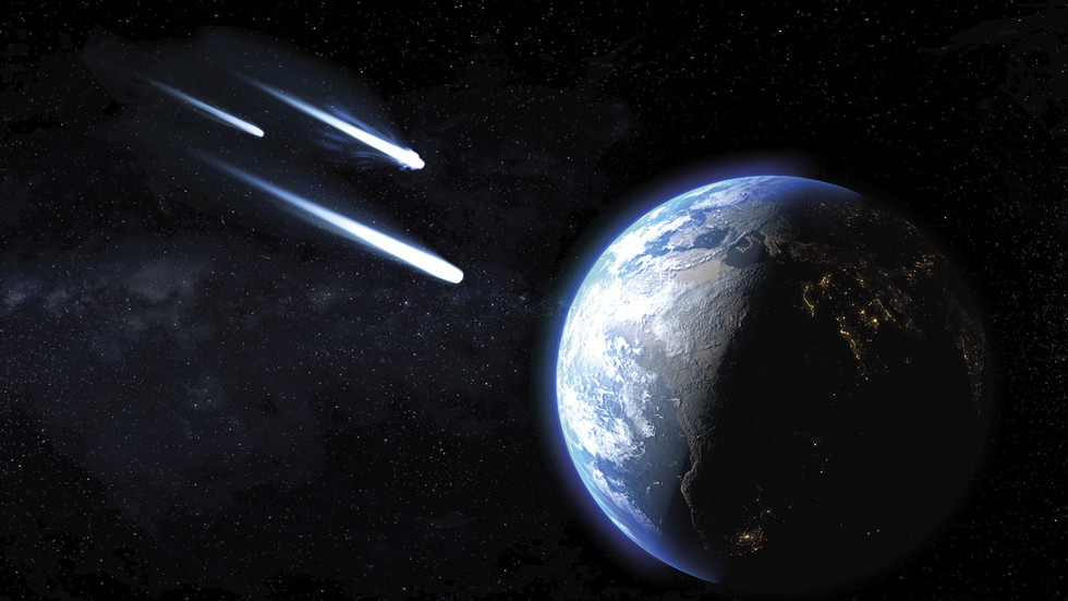 Three HUGE asteroids headed towards Earth, after amateur astronomer spots massive space rock our planetary defenses MISSED