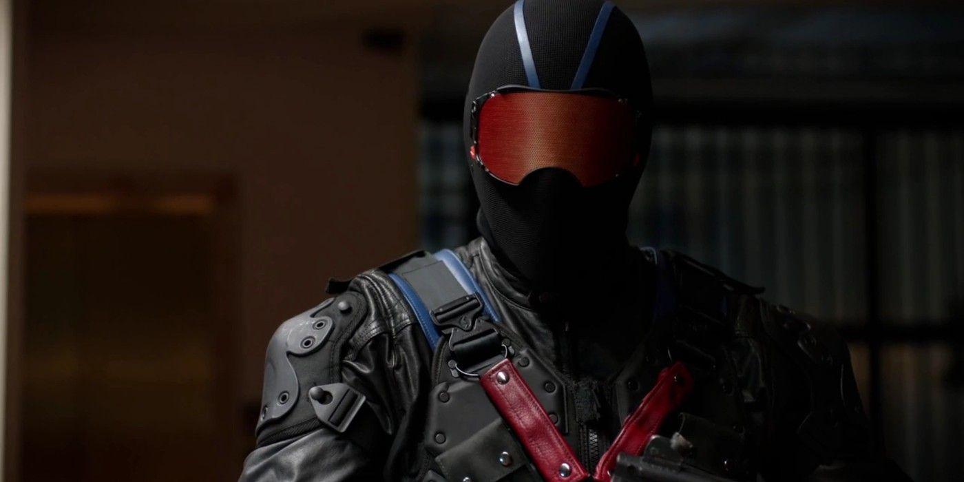 Why Arrow Season 5 Changed Vigilante's Comic Identity