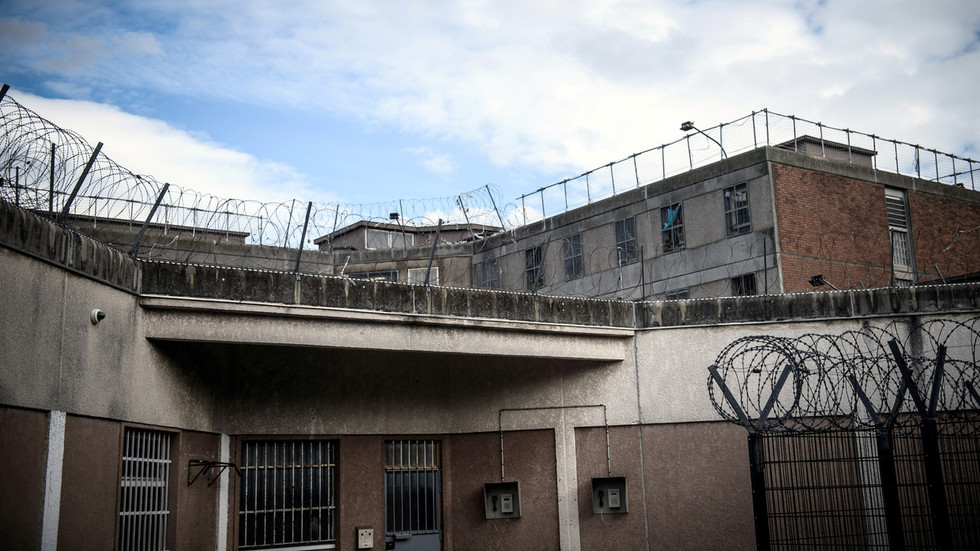 European human rights group 'extremely concerned' over French prisoners 'deliberately beaten' in custody